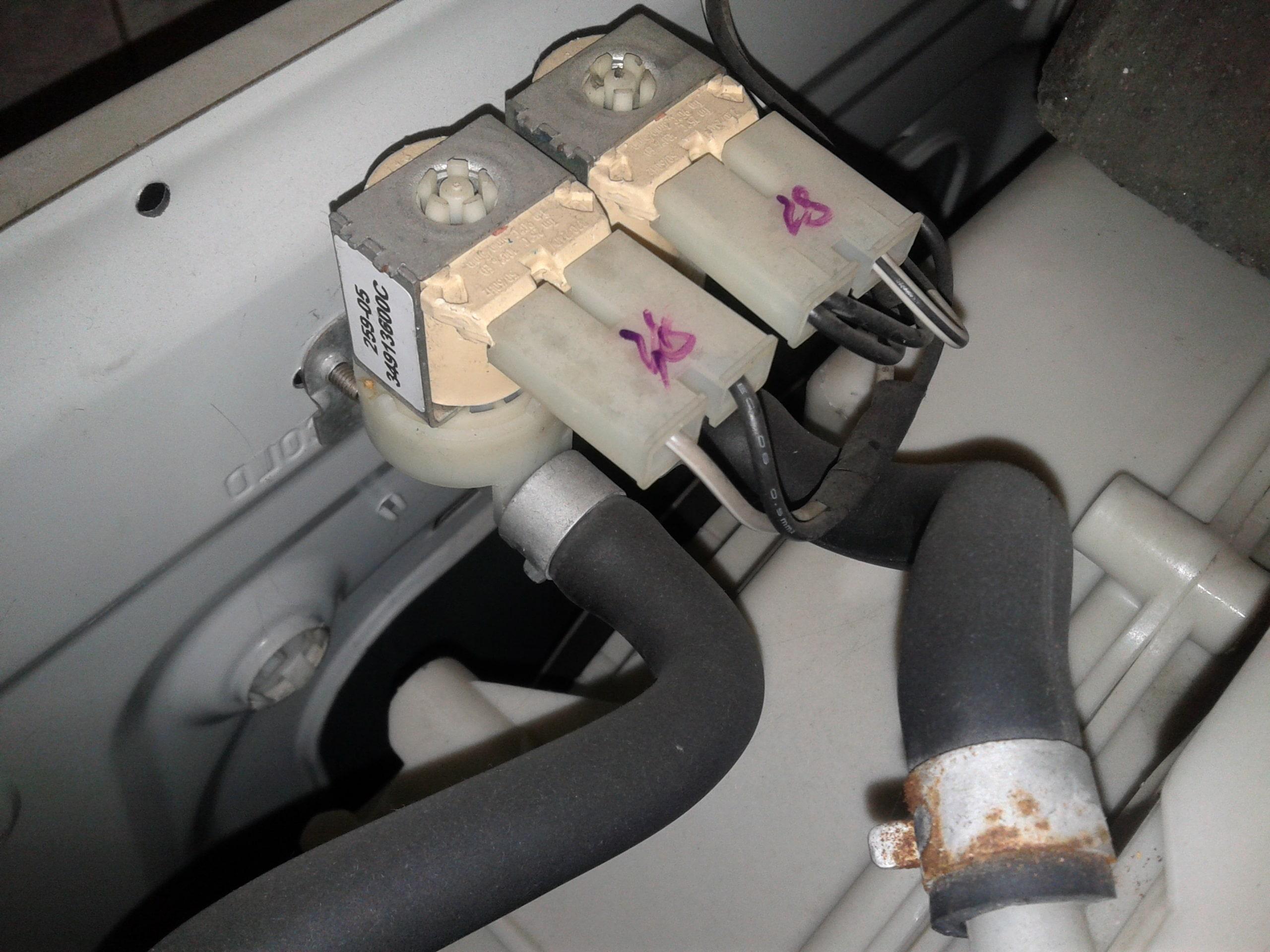 Впускные клапаны и прессостат стиральной машины LG